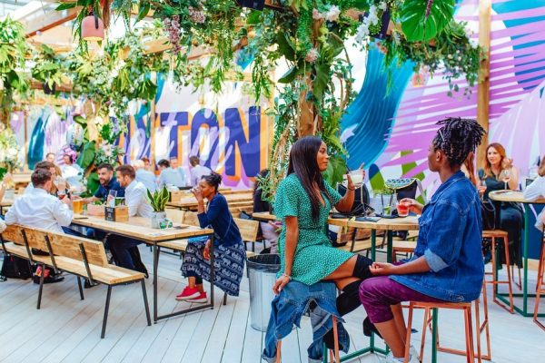 Lost-in-Brixton-Retractable-Roof-System-Pergola-Awnings-6